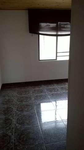 se  arrienda apto 4 piso  con servicios incluidos cerca al éxito cristal en armenia quindio
