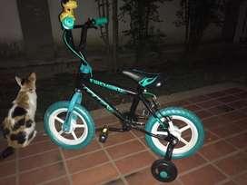 Vendo bicicleta para niños 2-4 años 50.000