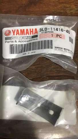 04 Casquetes Yamaha original tdm 900 3ld-11416-40, nuevos originales importados garantía de fabrica no se han destapado.
