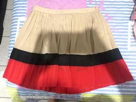 Faldas Y Short Americanos