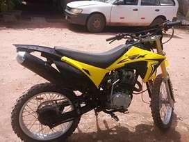 Cross motor 200