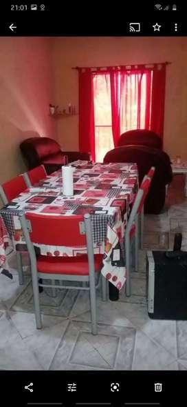 Departamento 3 habitaciones, con balcón y parrillero , living comedor, cocina separada