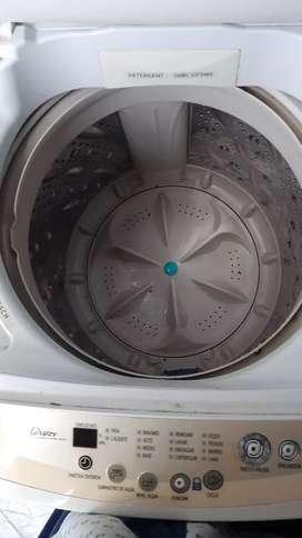 Se vende lavadora de 24 libras