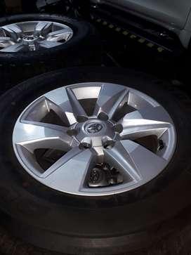 Rines Toyota Prado 2020 con Llantas