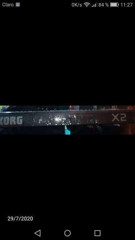 Piano korg X2