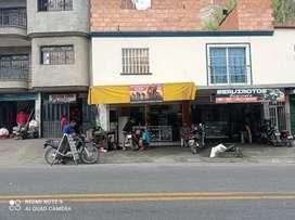 Vendo almacén y taller de motos