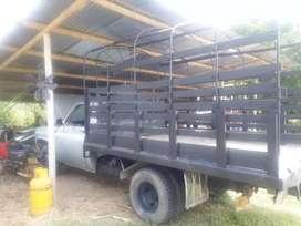 Se vende camioneta C-30