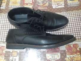 Vendo zapato talle 42 por 1500