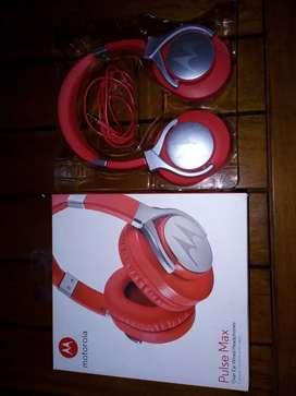 Vendo auriculares estereo nuevo en caja escucho ofertas