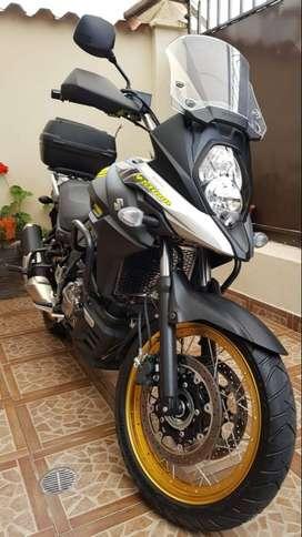 Vendo moto  SUZUKI  V- STROM 650