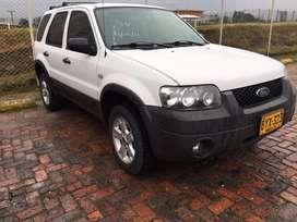 Ford Escape, Unicamente uso en Ciudad perfecto estaso, solo para conocedores, permuto por mayor valor 4x4 nissan Qashqai