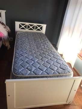 Vendo 3 camas con sus colchones
