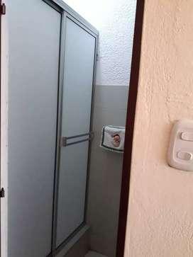 Divisiones para baño en acrílico