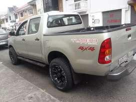 Toyota hilux turbo 4x4