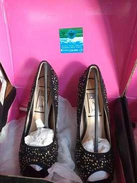 Ultimos pares de zapatos