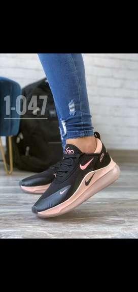 Nike talla 40 para dama nuevo