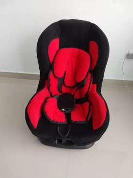 Se vende silla reclinable para bebé