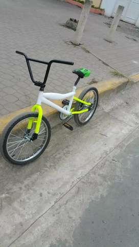 bicicleta en excelente estado precio negociable