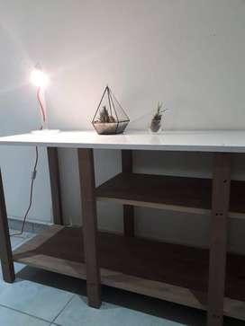 Escritorio decorativo nuevo con estantes