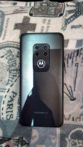 Motorola one  zoom de 128 gb