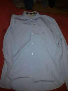 Camisa marca burberry talla L