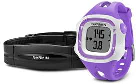 Reloj Garmin Forerunner 15, Color Violeta y Blanco, Paquete con Monitor de Frecuencia Cardíaca, Tamaño Pequeño