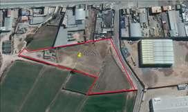 Terreno Industrial 11500 m2 a 30 m. de la Variante
