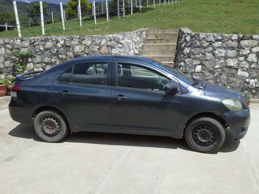 Toyota Yaris 2007 en Tactic, negociable. 0