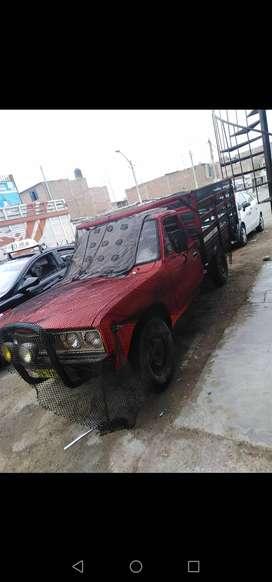 Se vende camioneta DATSUN