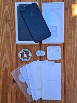 Vendo iPhone 7Plus Black Matte (32Gb)