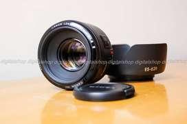 Lente Canon Ef 50mm F/1.8 II casi nuevo! más Parasol
