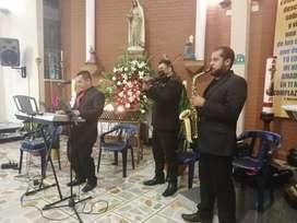 Coros para misas, cantantes, acompañamiento musical