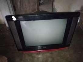 Se vende 2 televisores para repuesto
