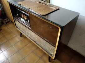 Radiola philips gran opera FM