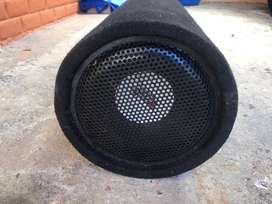 "Subwoofer Amplificado de 8"" Matrix"