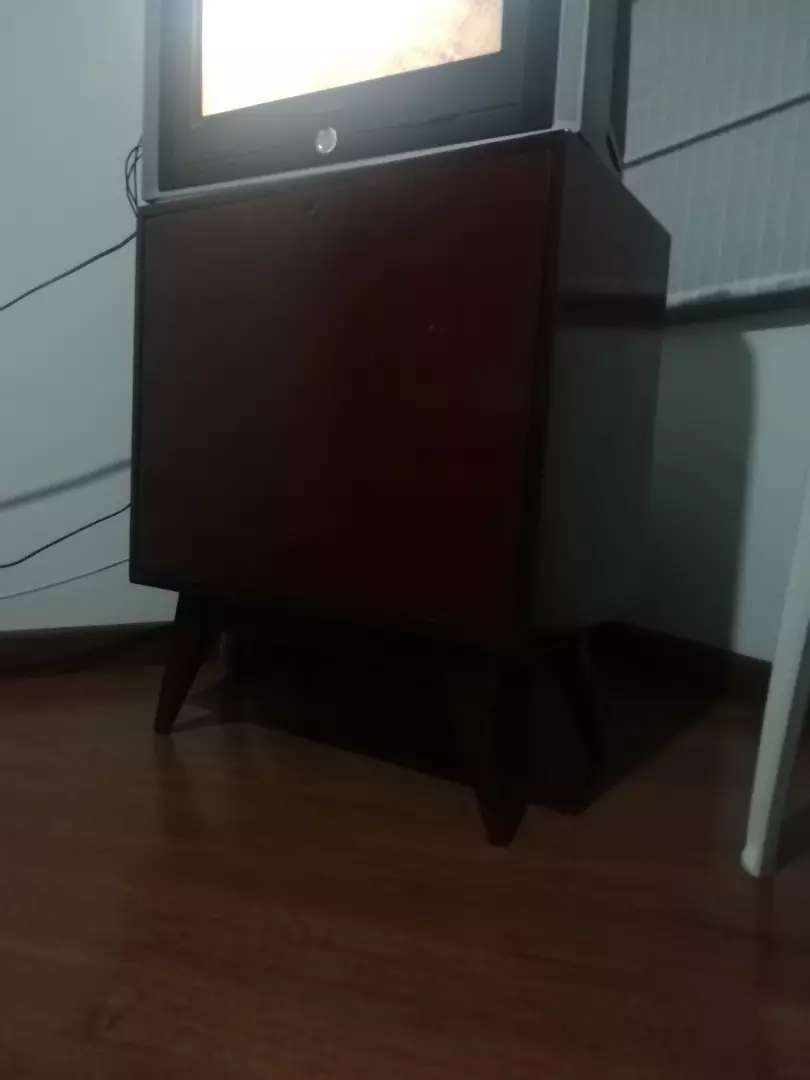 Mueble en madera 0