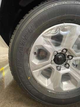 """245/70/R17 Llantas Originales Nuevas Toyota Prado 4runner Fortuner Rin 17"""""""