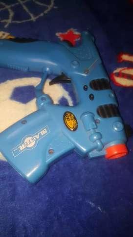 Vendo pistola blaster