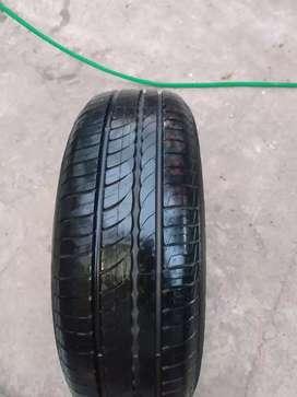 Cubierta  Pirelli 205 65 15