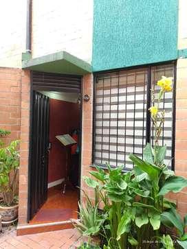 Casa en Conjunto Residencial - La Estacia