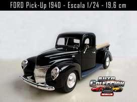 Auto de Colección Ford PickUp 1940 Escala 1/24 19,6 cm