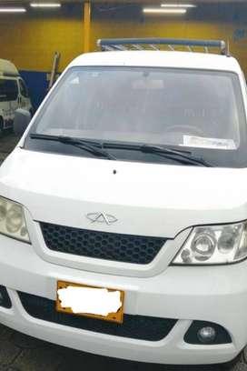 Ganga en venta de Van modelo 2014, único dueño, papeles al día.
