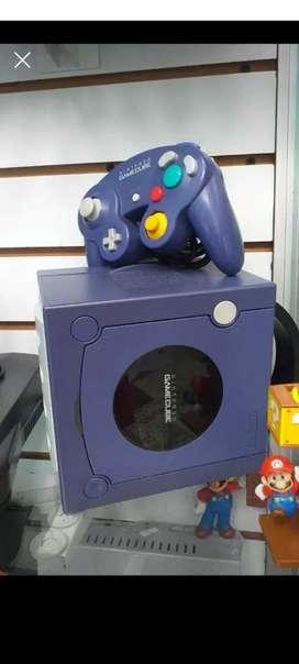 Consola Game cube morada