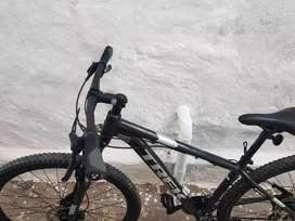 Bicicleta trek todo terreno marlin 6 excelente estado