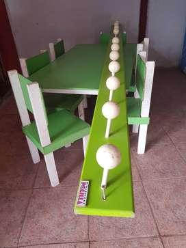 Vendo mesas y sillas para niños