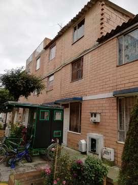 Venta Casa 3 pisos opción de 4