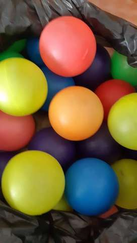 NEGOCIABLES: PELOTAS PLASTICAS DE COLORES