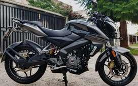 Rouser 200cc