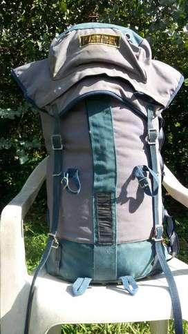 mochila de montaña karrimor