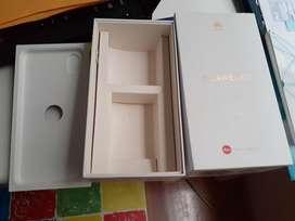 Vendo Caja de Huawei P20 con Audifonos